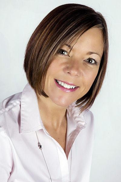 Sharon Lawton colour close up Reduced